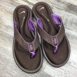 Nike Flip Flops Women Size 9